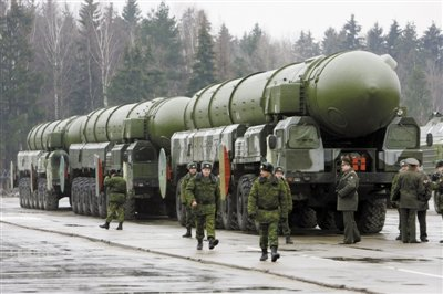 俄制造新導彈應對美反導系統 可攜10枚誘餌彈頭