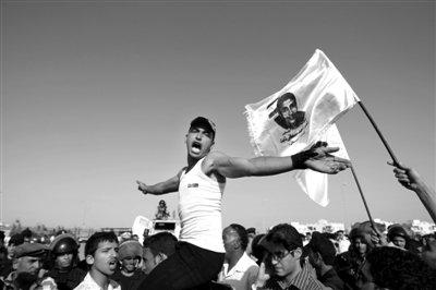 埃及新总统候选人穆尔西称若当选重审穆巴拉克