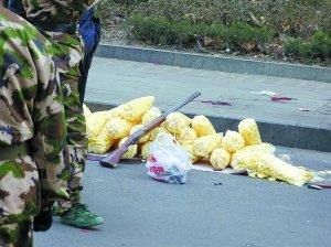 山东泰安两疑犯开枪袭警致3人殉职6人受伤