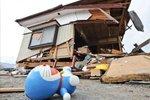地震废墟:散落一地的记忆