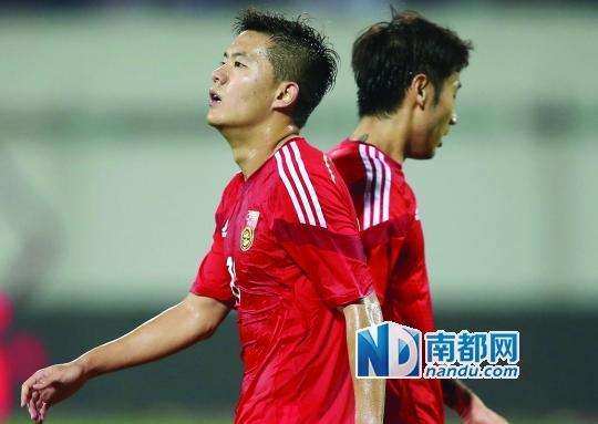 媒体评国足输球仍晋级亚洲杯:不是出线是出丑