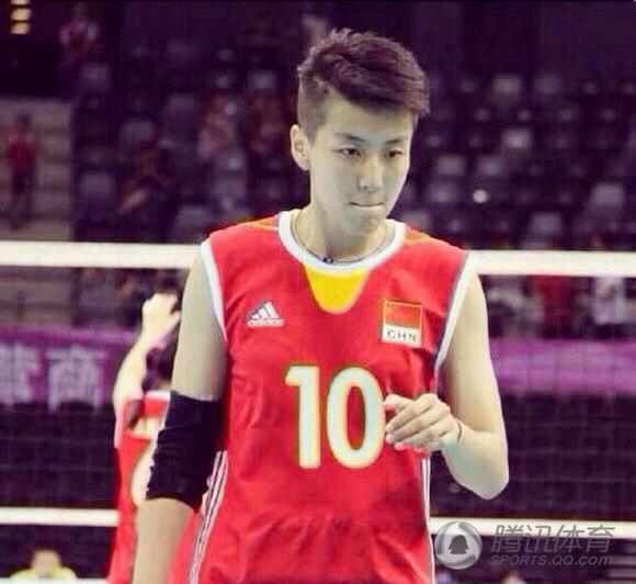 中国女排最帅队员亚运走红 网友 妹纸被你帅哭 高清图片