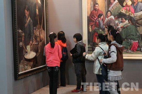 """上海小记者眼中的""""和美""""画展"""