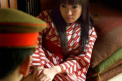 日本军妓回忆录:平均每人每天接客15到60次_