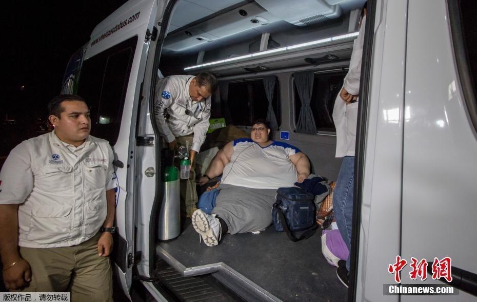 【图片新闻】墨西哥男子卧床6年 体重接近500公斤 - 耄耋顽童 - 耄耋顽童博客 欢迎光临指导