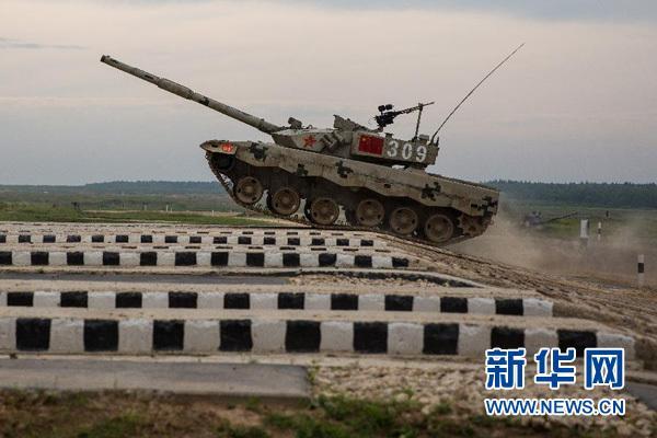 """中国""""坦克两项""""代表队在俄首赛告捷"""