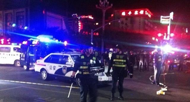 官方称昆明车站暴恐案系新疆分裂势力策划