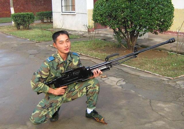 其他民族根本扛不动:俄罗斯的大口径手提机枪