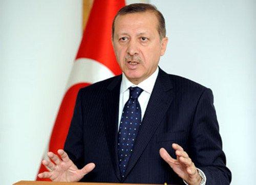 土耳其总理称地震伤亡重大源于建筑质量低劣