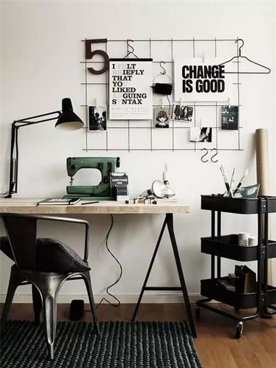 除了装饰画,这些铁架照片墙,软木墙也是不错的选择,还能diy呢!