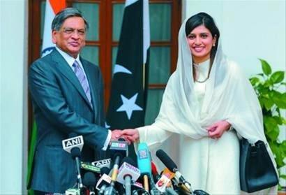 印报:巴基斯坦时尚女外长让印度人着迷