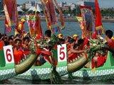 三水南丹山:竹排竞渡 旱地龙舟