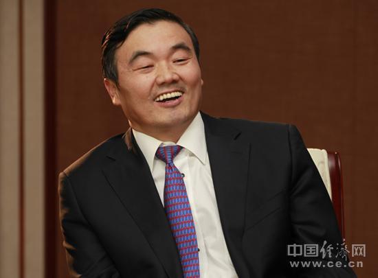 胡怀邦:培育新的经济增长点 加大棚改支持力度