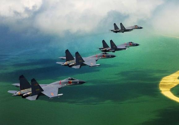 空军严抓训练:领导飞行成绩差当即被严惩