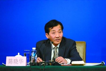 农业部副部长:将整顿乳业恢复对国产奶粉信心
