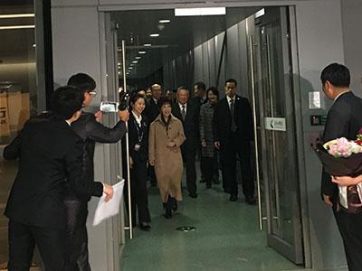 洪秀柱率中国国民党大陆访问团抵达南京