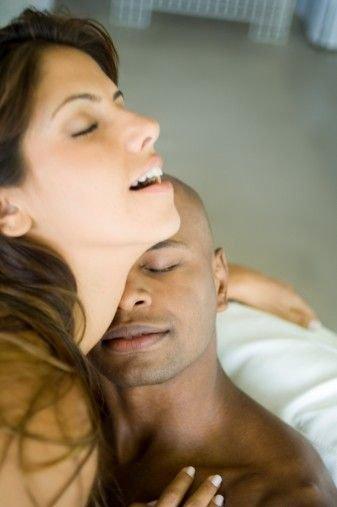 情感两性:亲历口述 女人性高潮丢失全过程