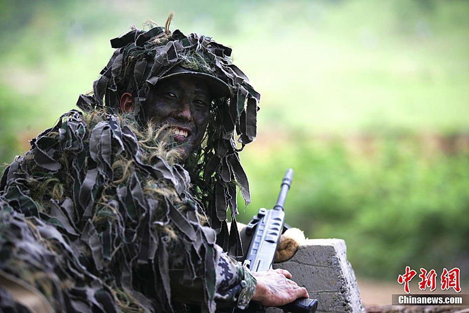 我陆海空三军百余名狙击手骨干集训 - 海上皇宫 - 海上皇宫