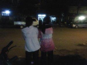 两名小学女生服毒自杀 遗言要警察抓走数学老师