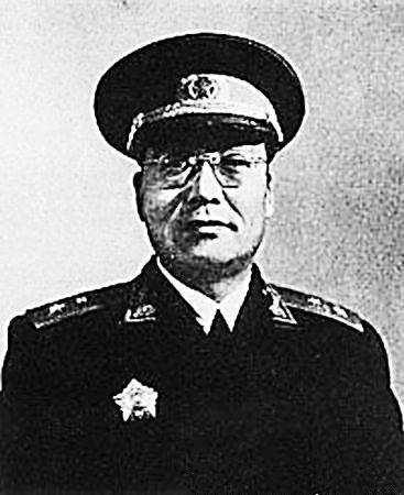 """韩练成:蒋介石身边""""最危险的共谍"""""""