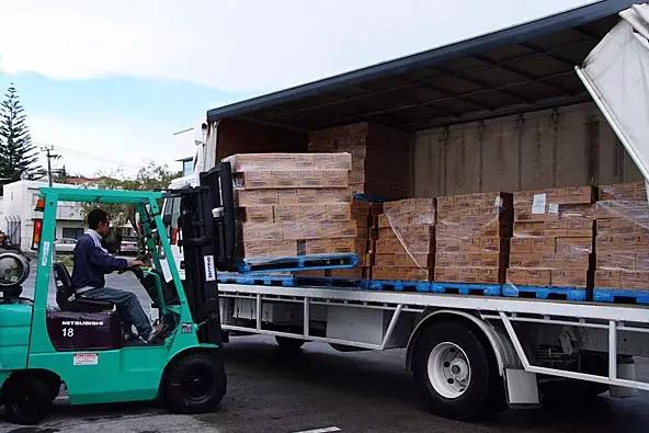 澳大利亚缴获60吨输华奶粉 当地居民:不希望断货