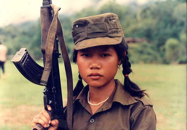 缅甸政府军为改善形象停征童军 鼓励其返乡