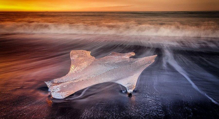 再不看就消失的绝美景色:摄影师拍炫彩冰川湖 - 海阔山遥 - .