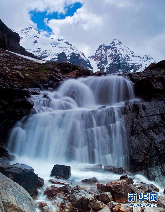 色彩斑斓的加拿大落基山脉