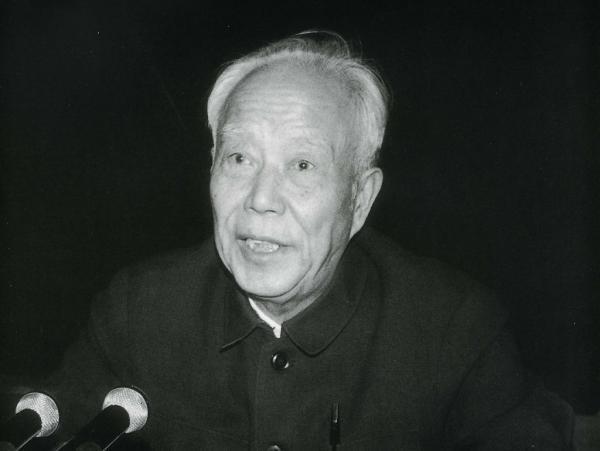 全国人大常委会原委员长万里逝世 享年99岁
