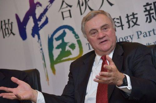 IBM高级副总裁米尔斯(Steve Mills,资料图)