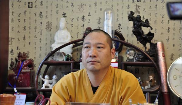 释延鲁等实名举报:僧人私下称释永信情妇师娘