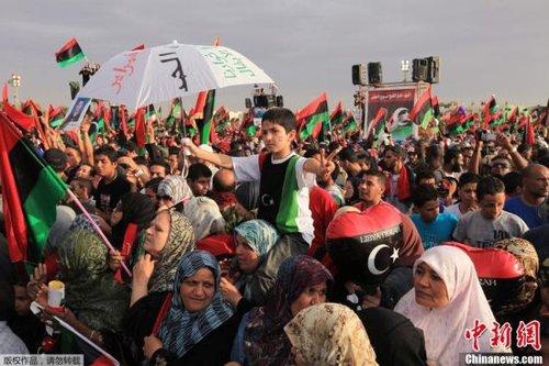 奥巴马促利比亚进行政治过渡开始民族和解