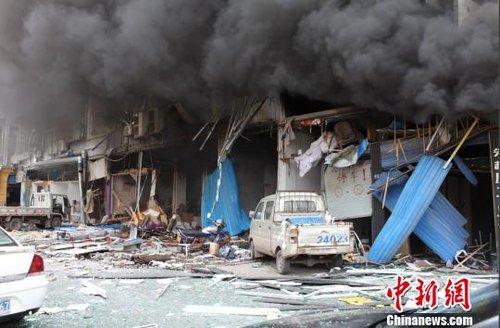 四川南江县城一楼房天然气爆炸 已致1死25伤