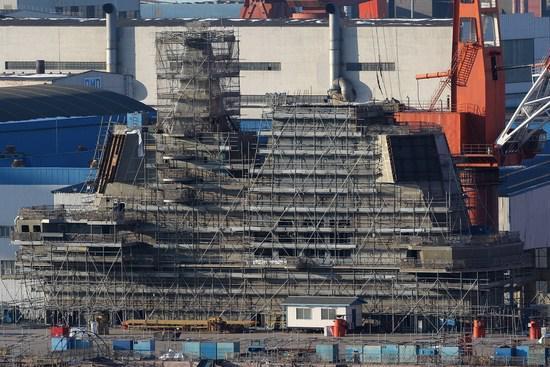 国产航母下水后距服役还多久?少将披露至少2年