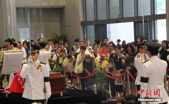 李光耀国葬仪式今举行 多国政要出席数十万人唁别