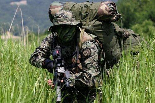 韩媒:解放军陆军缺乏实战经验 战力不敌韩军