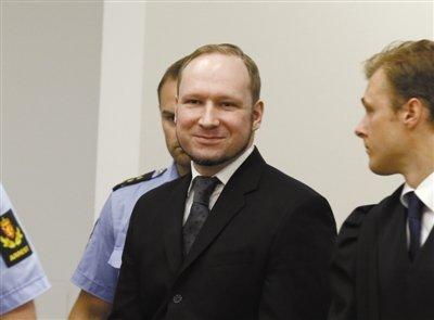 挪威77人死袭击案凶手被判21年 宣判时微笑