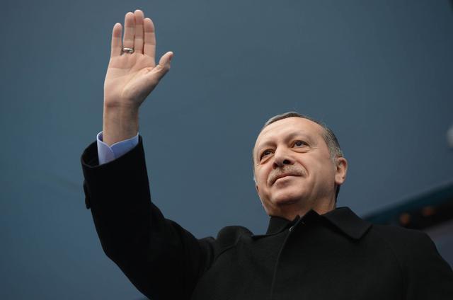 土耳其总统:将处置政变发动者 把叛徒脑袋拧下来