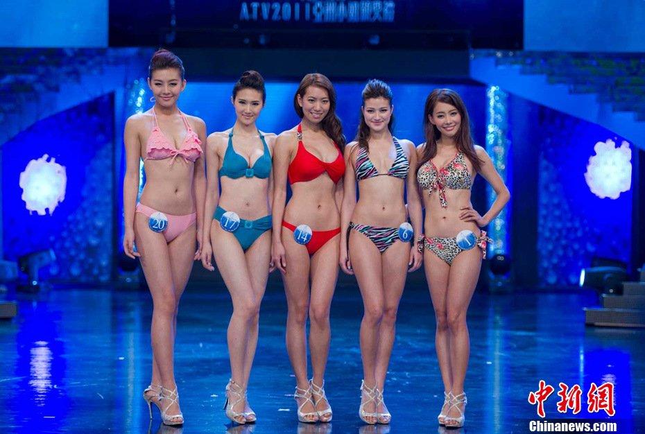 高清:亚洲小姐20强佳丽身着性感比基尼亮相 新