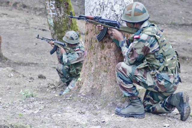 印巴边境再起冲突 印方称摧毁巴基斯坦四个哨站