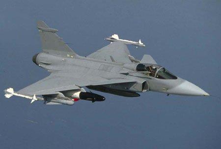 资料图:瑞典jas-39战斗机高清图片