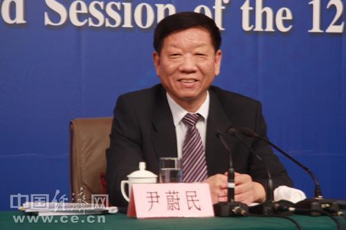 尹蔚民:今年就业压力巨大 结构性矛盾更加突出