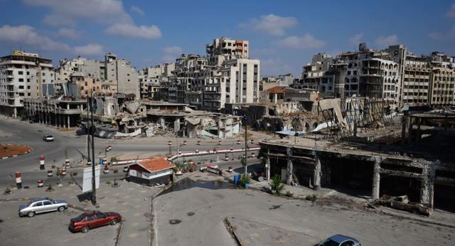 俄方:从叙霍姆斯郊区疏散400名武装分子及其家属
