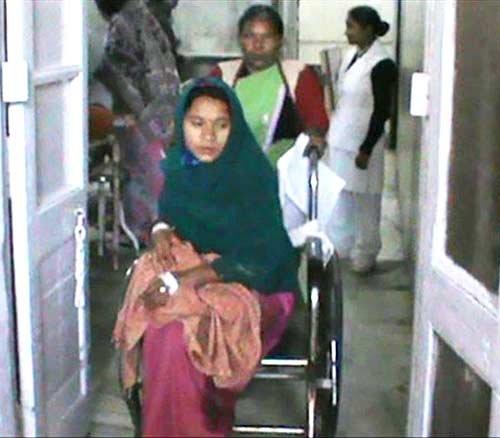 印度女子怀10胞胎 怀孕12周后早产无一胎存活