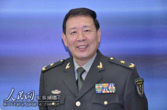 """罗援:中国在黄岩岛不应""""撤火""""而应增兵"""