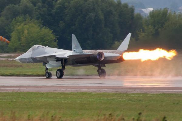 俄T50战机武器舱存在严重问题 或求中国提供帮助
