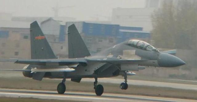 美媒:中国的空空导弹都是怪物吗?6倍音速
