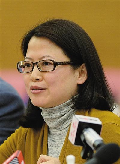 代表委员热议校园暴力 建议出台反校园暴力法