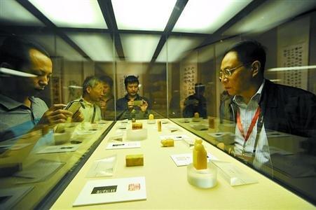上海韩天衡美术馆今开馆 藏历代大师墨迹珍品