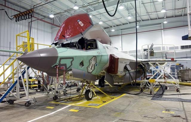 """量大有折扣!美军联合多国买家""""团购""""F-35战机"""